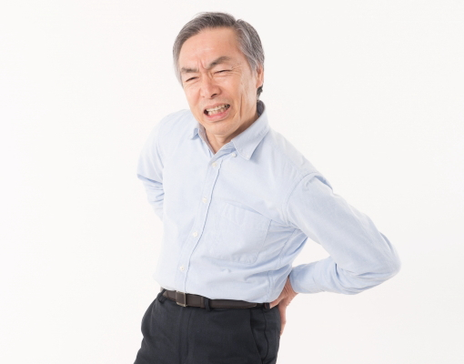 腰痛対策 正しい姿勢と適度な運動を
